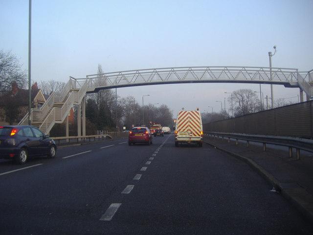 Footbridge over Eastern Avenue