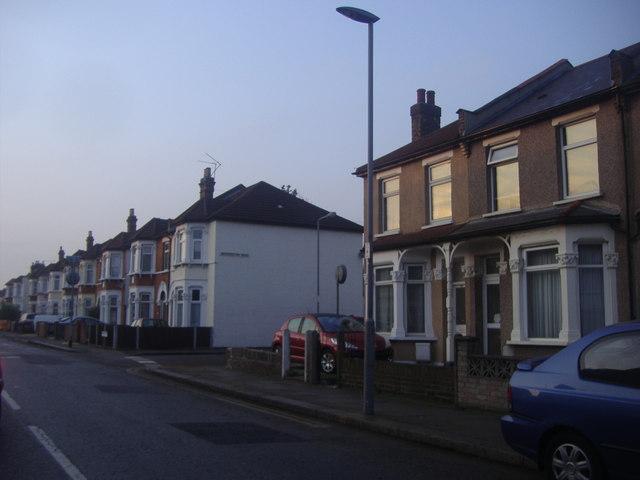 Mead's Lane, Seven Kings