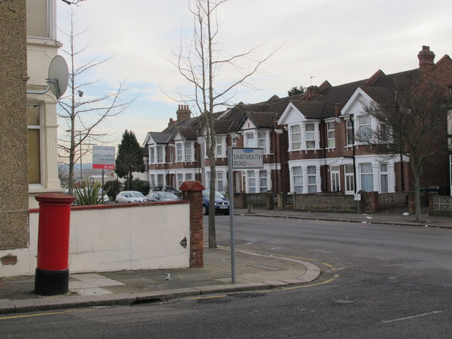 Dartmouth Road / Park Road, NW4 (2)