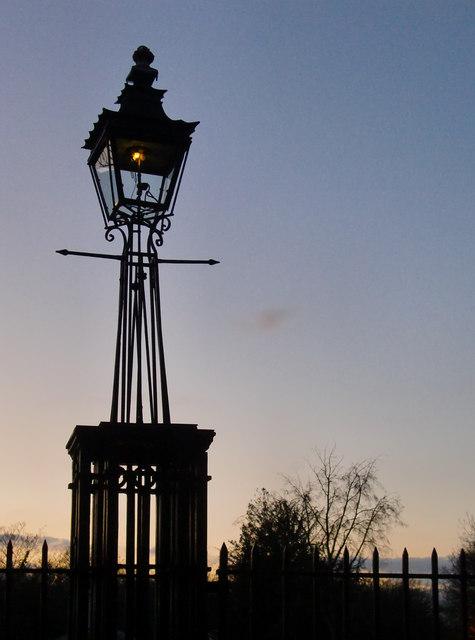 Gas lamp at Ham Gate, Richmond Park