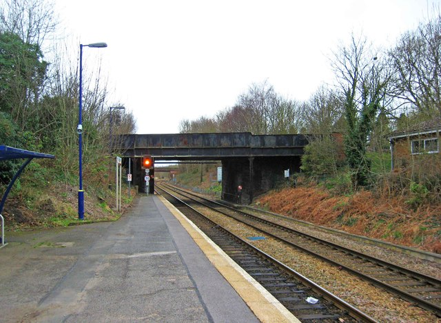 Shalford Railway station, looking west