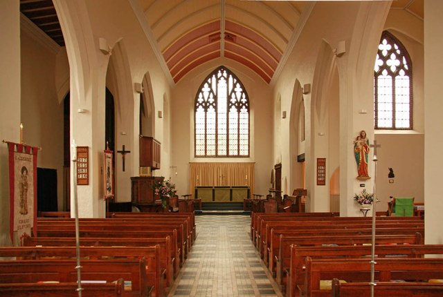 St Margaret of Antioch, Balfour Road, Ilford - East end