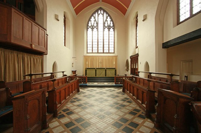 St Margaret of Antioch, Balfour Road, Ilford - Chancel