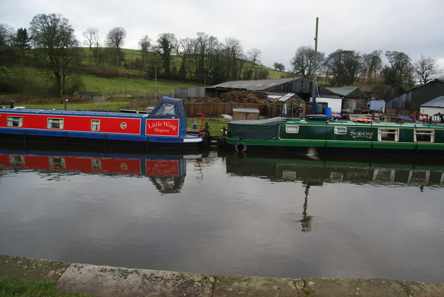 Moorings at East Marton
