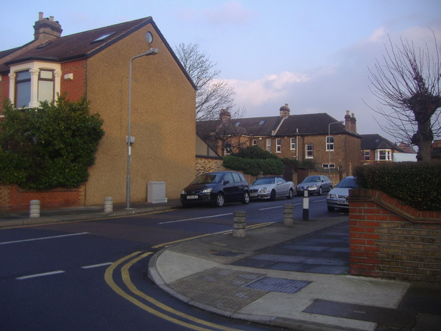 The corner of Kingswood Road and Atholl Road