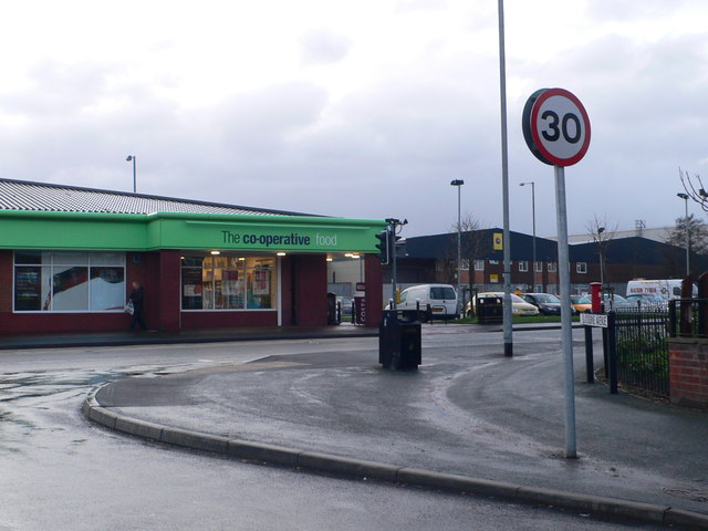 The Co-op on Hale Road, Hale Bank