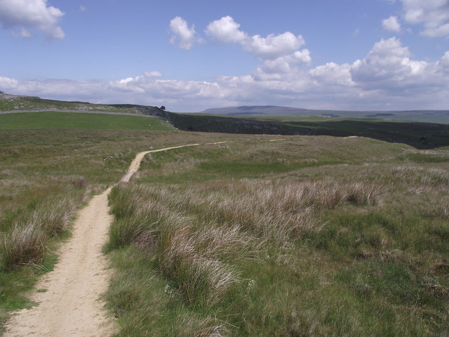 Bridleway  on Malham moor dropping down to Skirethorns