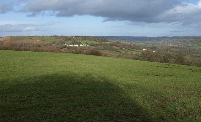 Field on northern side of Dumpdon Hill