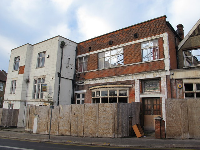 The (former) Deerfield & West Hendon Social Club & Institute Ltd, Station Road, NW4