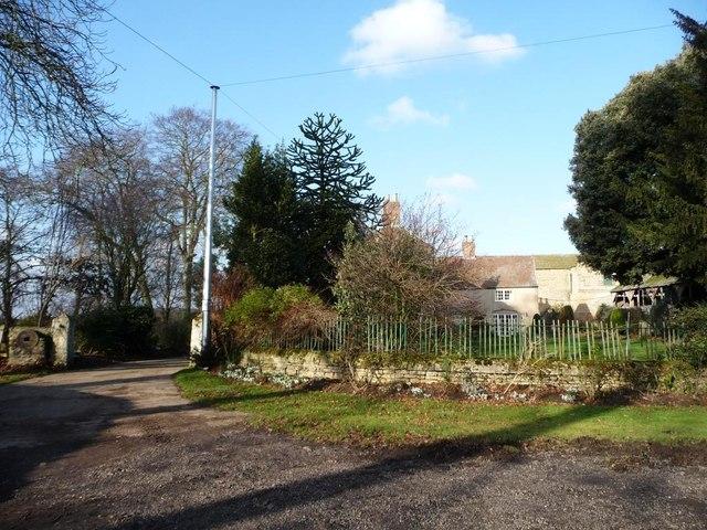 Entrance to Bilham House Farm
