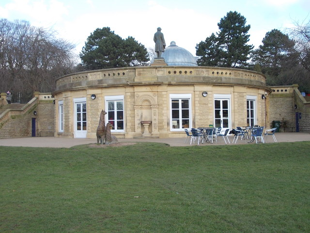 The Half Moon Cafe - Roberts Park