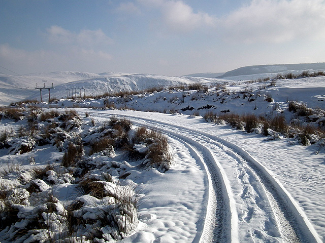 Bend in the track to Eisteddfa Gurig