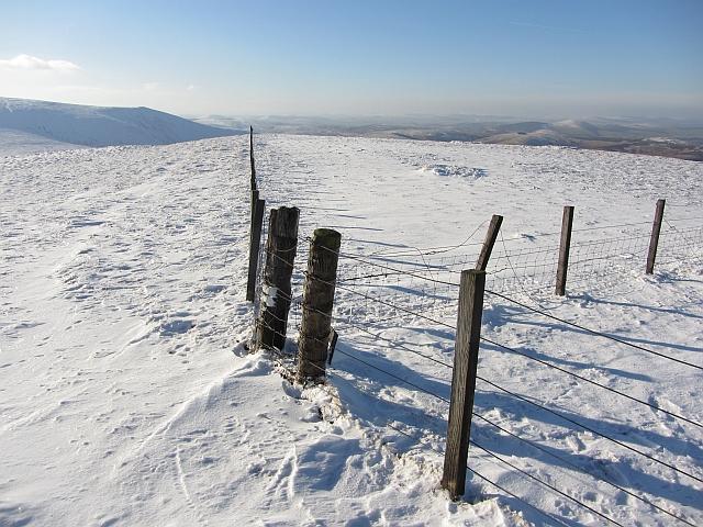 Fence junction, Birnies Bowrock