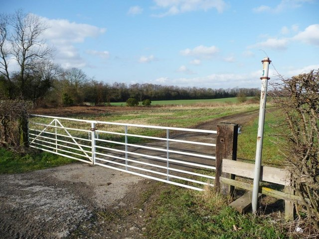 Stile onto Hooton Pagnell Common