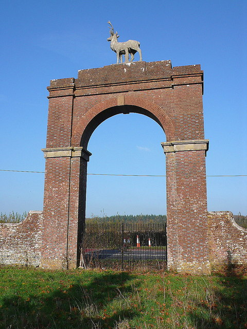 Stag Gate Charborough
