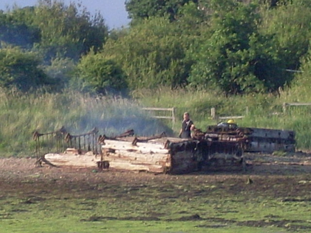 Putting out the fire, Forton Lake