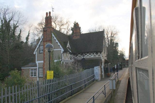 Fenny Stratford station