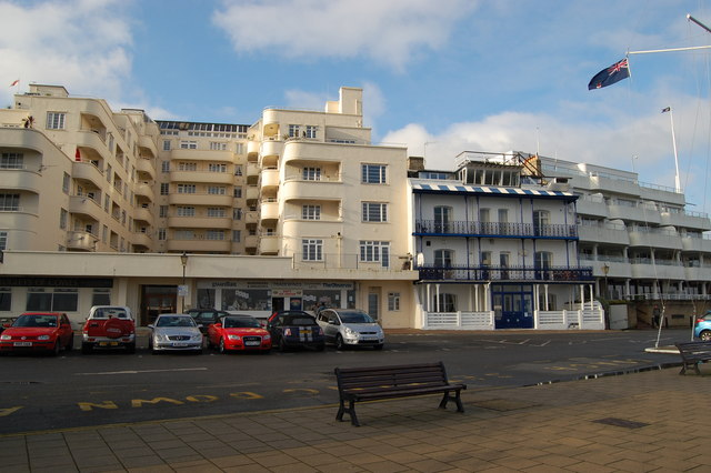 Art deco on the Parade at Cowes