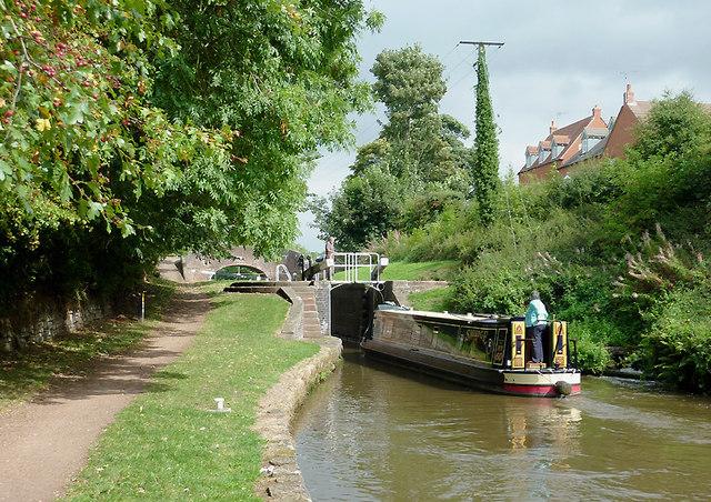 Entering Meaford Bottom Lock, Staffordshire