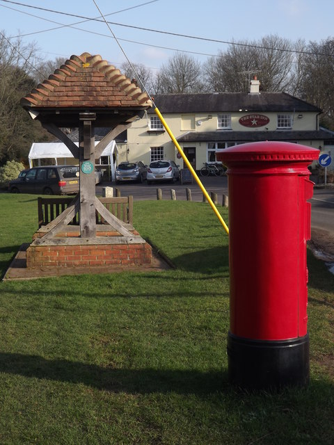 Bentworth, Post Box