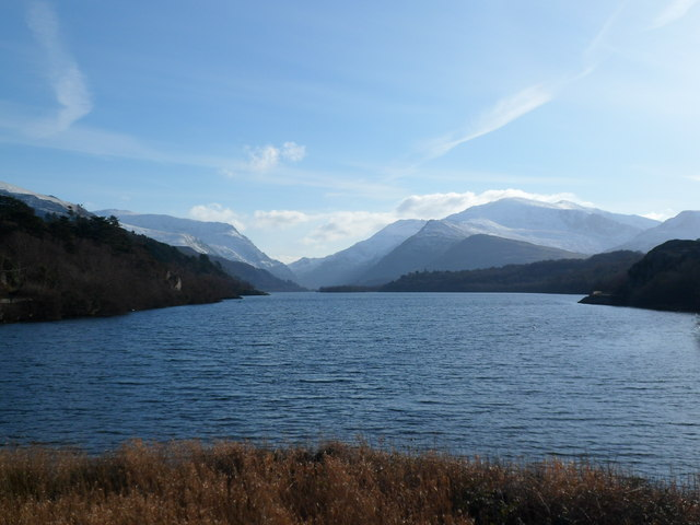 View of Llyn Padarn and the mountains from Pont Pen-llyn