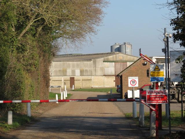 Knoxbridge Farm entrance