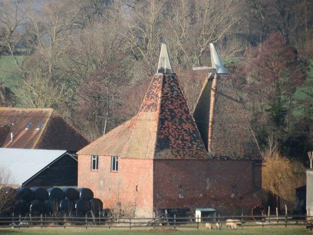 Oast House at Moatenden Farm, Maidstone Road, Headcorn