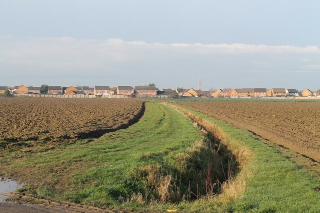 Drain and houses from Toot Lane