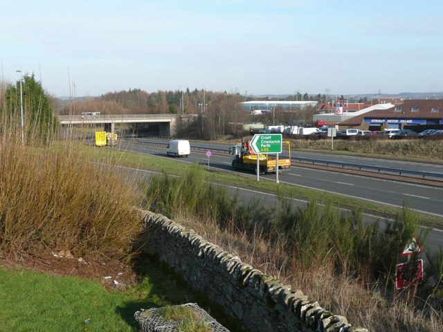 The A85 Crieff Road crosses the A9 Perth bypass