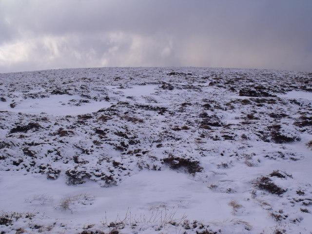 Broad ridge up to An Lurg near Glenmore