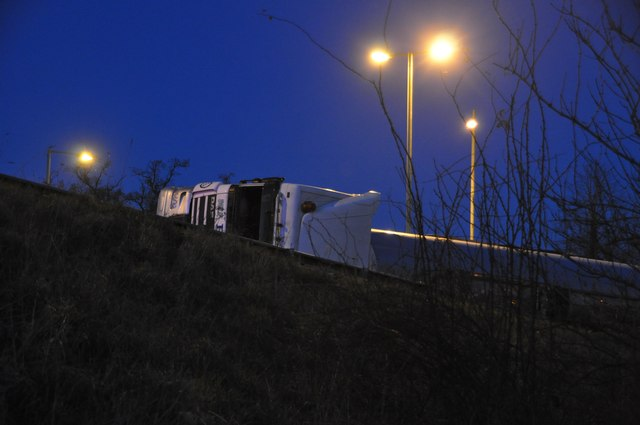 Tiverton : North Devon Link Road A361 - Overturned Lorry