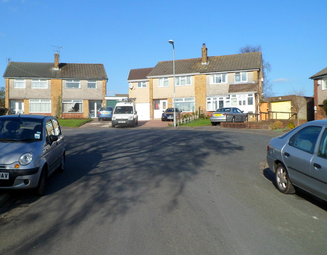 Turning circle at the top end of Birchgrove Close, Malpas, Newport