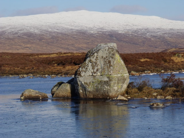 Monumental boulder in Loch Ba on Rannoch Moor