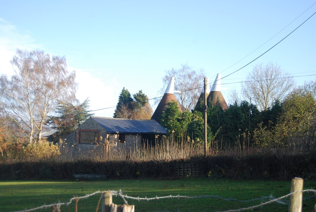 Oast house, Vicarage Lane