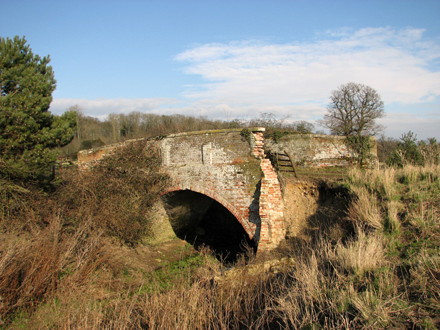 Old bridge over the River Yox, Sibton