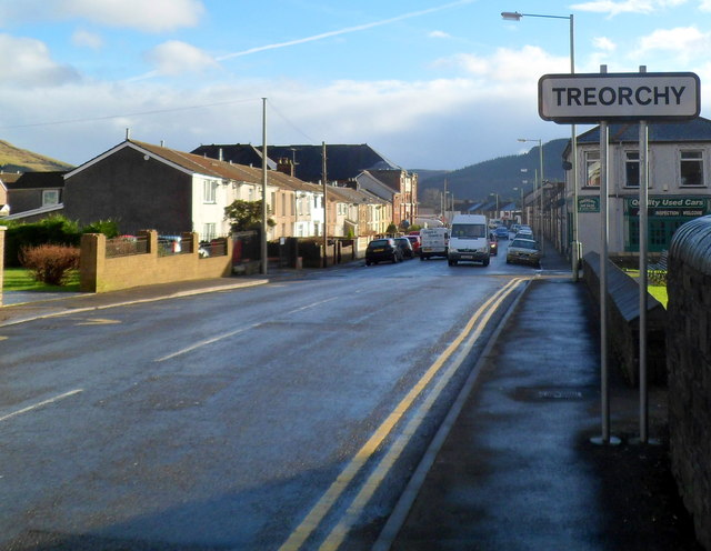 NW boundary of Treorchy
