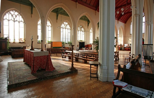 St Barnabas, Browning Road, Manor Park - Interior