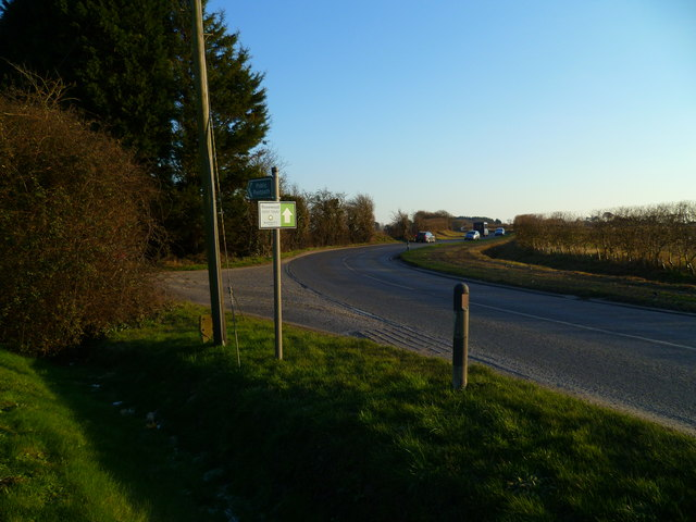 Bend on the B2166 with footpath junction