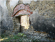 TM3669 : The ruined Cistercian abbey in Sibton by Evelyn Simak