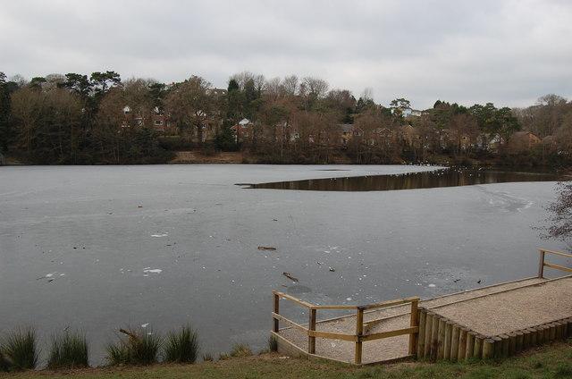 Frozen Buckshole reservoir, St Leonards