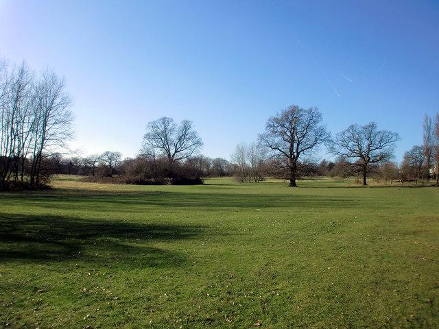 Looking west in Oakwood Park, London N14