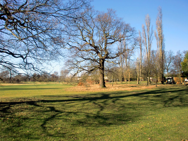 Looking West in Oakwood Park, London N14