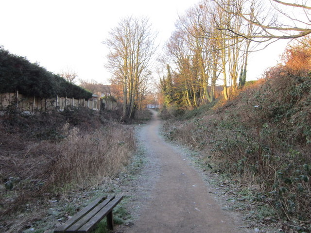 Walking the former railway line at Pudsey
