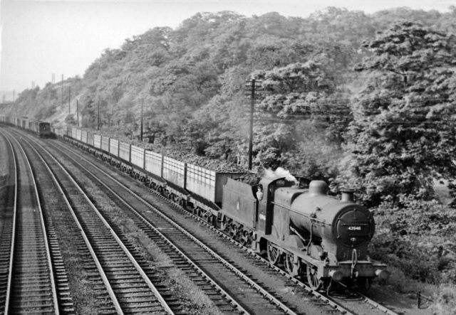 Up coke train approaching Chesterfield