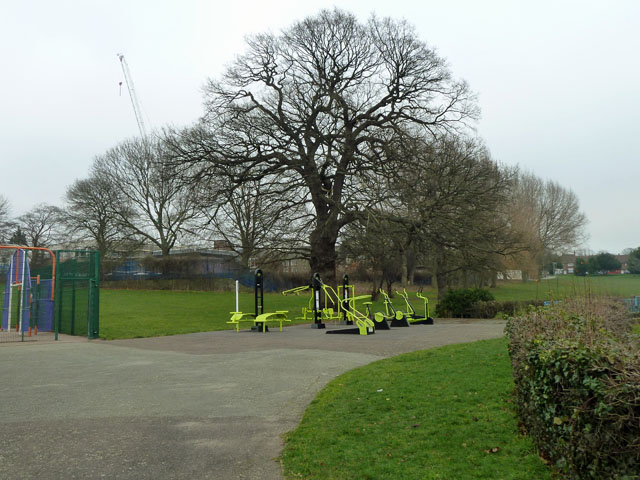 Exercise apparatus, Queenscroft recreation ground