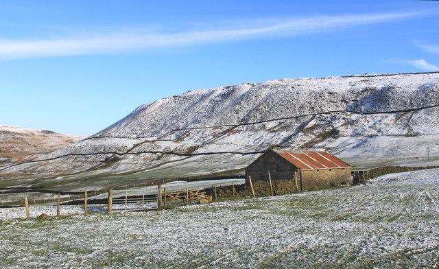 Ravenstones Brow from near Fairbanks, Diggle