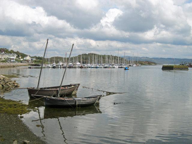 Old fishing boats at Tarbert