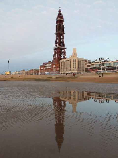 Blackpool: Tower reflection on the beach