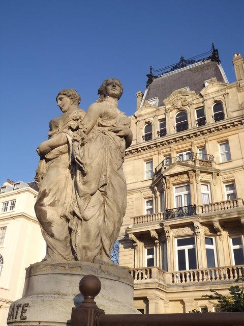 Classical Statues, Cambridge Gate