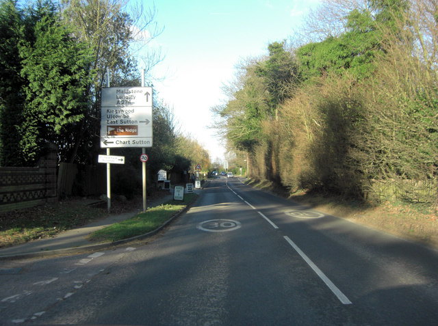 A274 crossroads with Warmlake Road